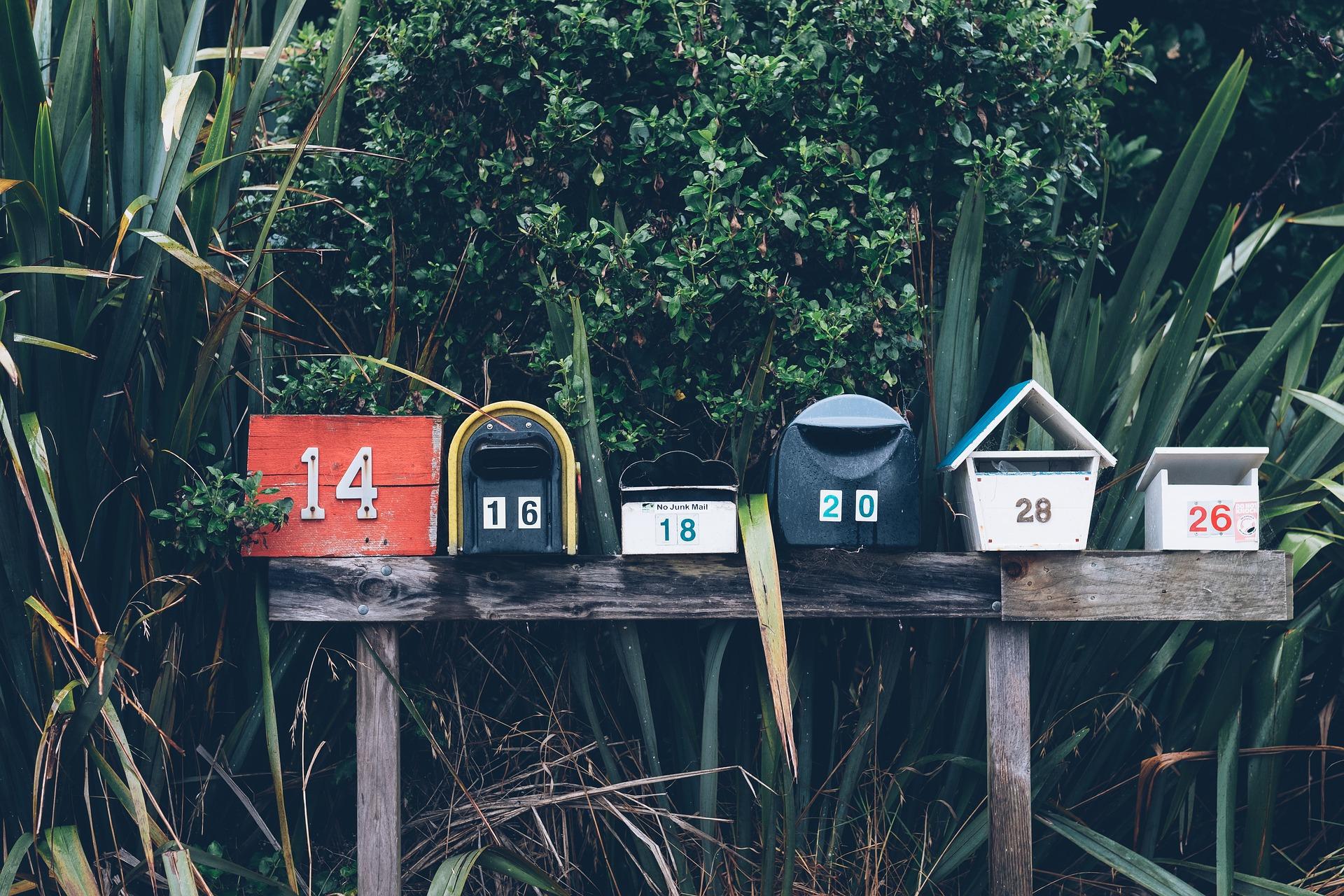 contratar-un-servicio-de-mensajeria-personalizada