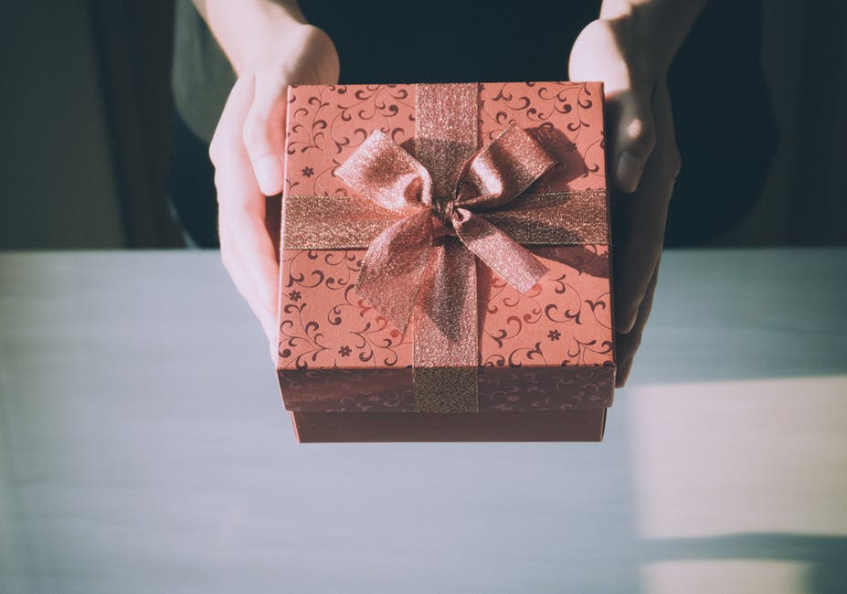 cuánto cuesta enviar un paquete por mensajería